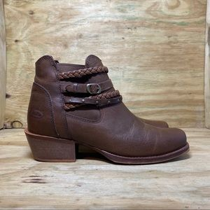 Justin Winona Brown Western Booties
